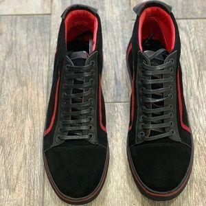 Downtown Men's Shoes size 9.5M